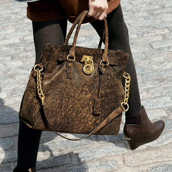f4b41a55386d Michael Kors Large Distressed Leather Hamilton. M 5a63596a1dffda07b59d46dc.  Other Bags ...